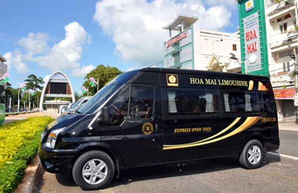 Hoa Mai launches 5-star coaches